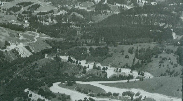 Location of Upper Dimond Week-end camp from 1926.  In this image you can see the flag pole from Camp Dimond